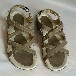 HI.TEC Sandals 9 Strappy